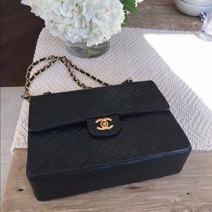 8e5c5a2ddbfb3a CHANEL · Chanel vintage double flap medium lambskin bag